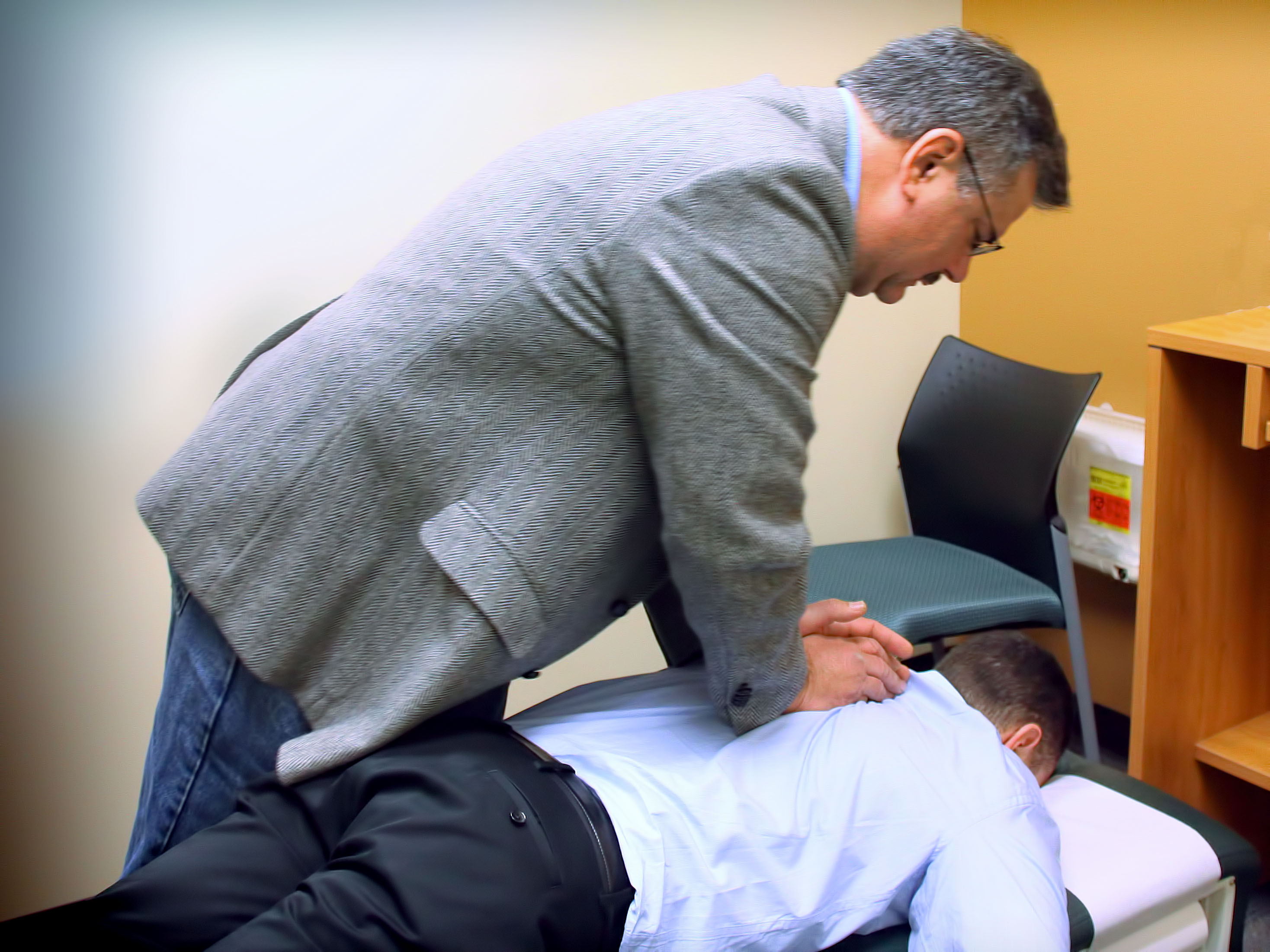 Chiropractic how to do research on a person